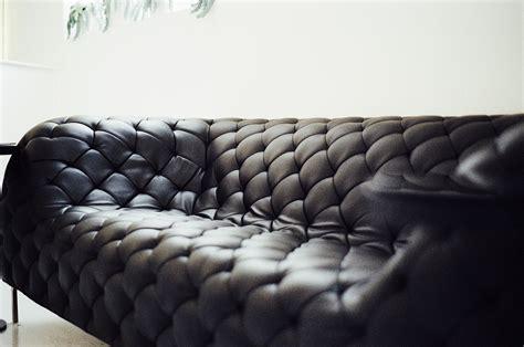 pulire pelle divano come pulire un divano in pelle tutti i rimedi pi 249 efficaci