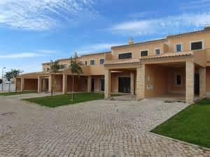 design maison jardin condominium roubaix 1818 maison