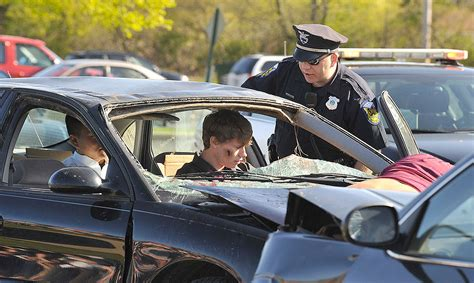 mock car crashes deter teen duis sobering