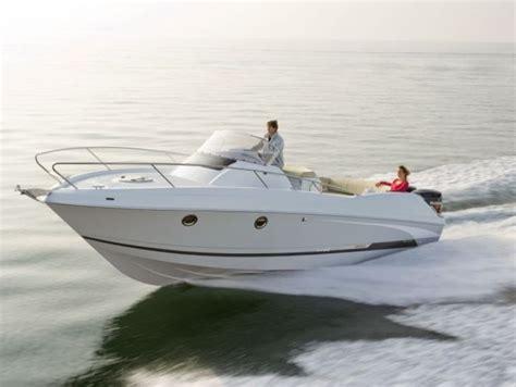 speed boat rental miami price boat rental beneteau flyer 850 motor boat rentals sailing