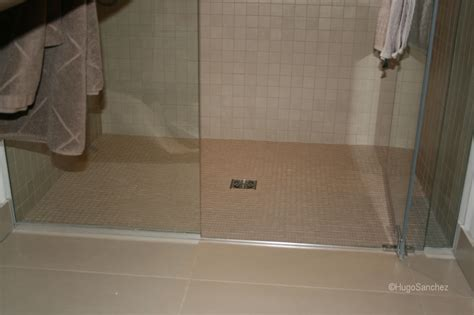 Curbless Shower Construction by Basement Curbless Shower C 233 Ramiques Hugo Inc