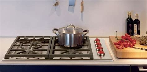 wolf cgps   professional gas cooktop   dual