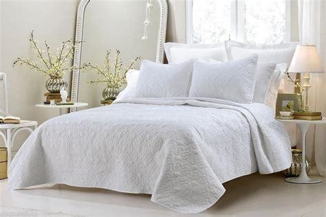 3pc White Oversized Quilted Coverlet Bedspread Bedding Set Oversized Beds