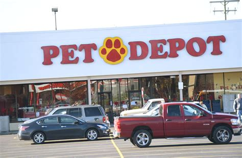 pet depot in auburn closing animals and inventory marked