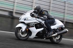 How Much Does A Suzuki Hayabusa Cost 2017 Suzuki Hayabusa Launched In India At Rs 13 88 Lakh