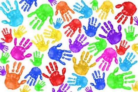 imagenes de uñas pintadas pies y manos la guarida de bam lienzos con huellas de manos