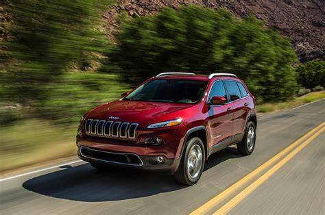 small jeep cherokee 2014 jeep cherokee reviews and rating motor trend