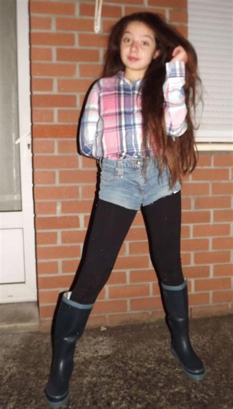 eve sakina tape  loeil tartan shirt diy denim shorts