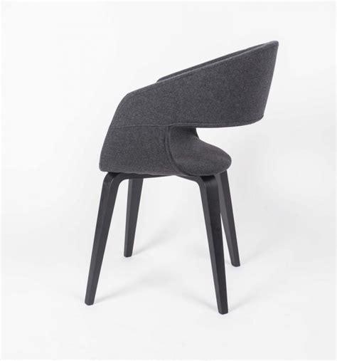 gestell stuhl stuhl gepolstert mit einem gestell aus massivholz stuhl