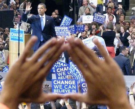 illuminati gestures obama pyramid sign illuminati symbols