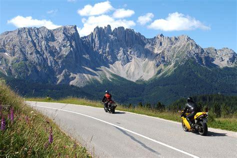 Motorradfahren Dolomiten by Dolomiten Weltnaturerbe In S 252 Dtirol Urlaub Reisetipps