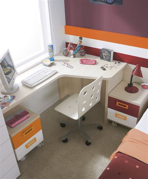 Desks For Small Bedrooms Bedroom Bedroom Small Corner Desk Ideas And Design Small Corner Desk With Hutch Desktop