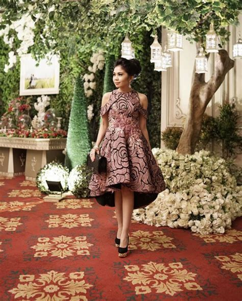 Kebaya Setelan Brokat Betwing Milo tatlergrams of the week wedding various locations indonesia tatler