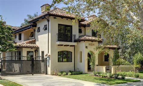 spanish style homes exterior paint colors ranch style house exterior facelift spanish style exterior