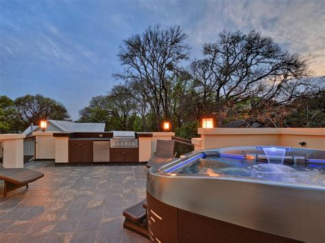 the best backyards these fabulous austin backyards boast the best in outdoor