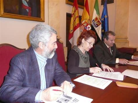 firma caceres 2016 gemeliers el ayuntamiento firma un convenio para celebrar la iii