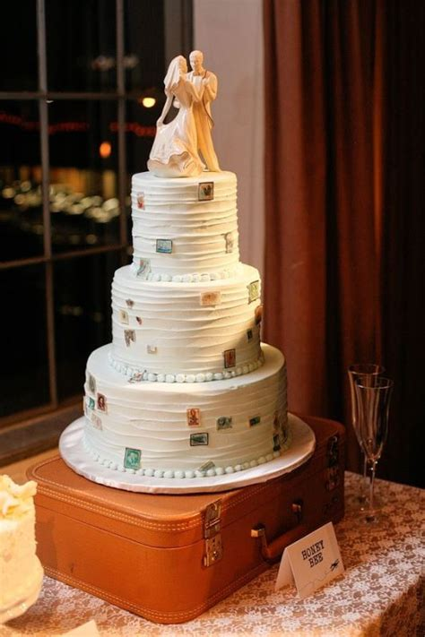Beautiful Travel Themed  Ee  Wedding Ee   Cakes Weddingomania