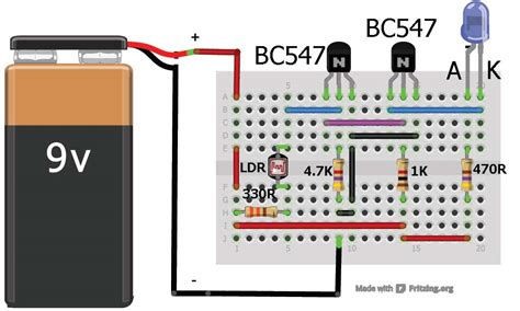 sensor using two transistors buildcircuit