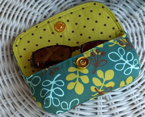 free pattern glasses case olive swing bag pattern betz white