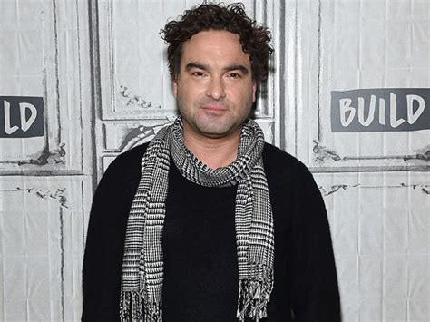 johnny galecki career here s what quot big bang theory s quot johnny galecki was doing