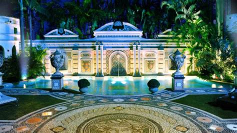 Home Design Miami Fl by Versace Mansion Reopens As Over The Top Luxury Hotel In