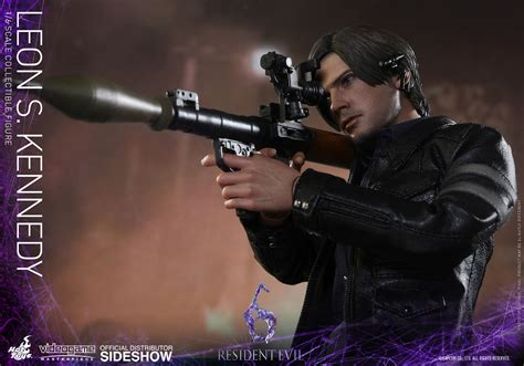 leon s resident evil leon s kennedy sixth scale figure by hot toys sideshow collectibles