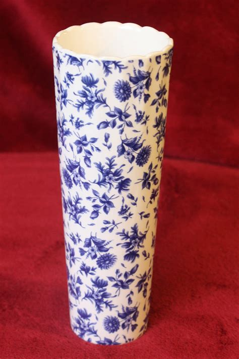 Small Thin Vase Blue Floral Quot Burnes Of Boston Quot Small Thin Vase Vases