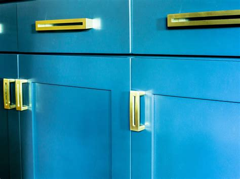 pro fit cabinet hardware inc how to refinish cabinets like a pro kitchen designs