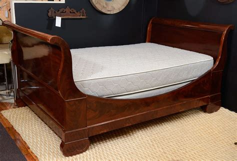 Antique Sleigh Bed Antique Quot Sleigh Quot Bed And Antique Dressing Table At 1stdibs