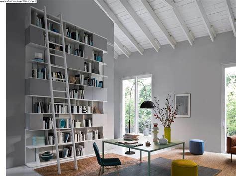 libreria modernissima libreria componibile con scala scorrevole novamobili