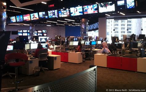 cnn news room take the inside cnn studio tour for a the look at the exciting world of live