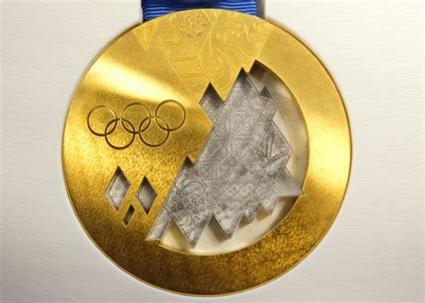 How Much Money Does An Olympic Gold Medalist Win - cost of olympic medals are now worth more today money credit millionaires get