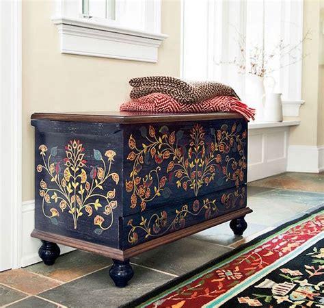 restaurer une commode en bois meubles peints relooking et deuxi 232 me jeunesse obsigen
