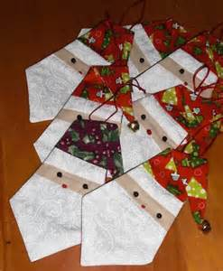 Paper Pieced Ornament Patterns - pinwheel ponders paper pieced santa ornament