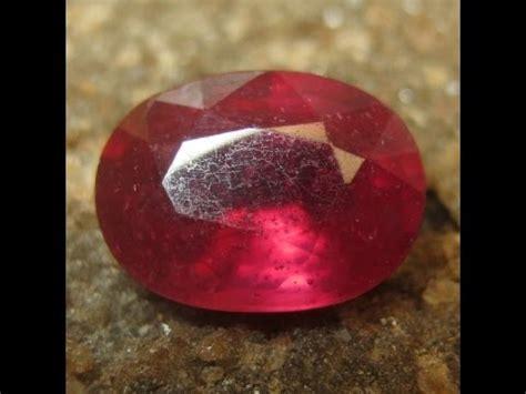 batu mulia ruby merah bentuk oval 1 87 carat