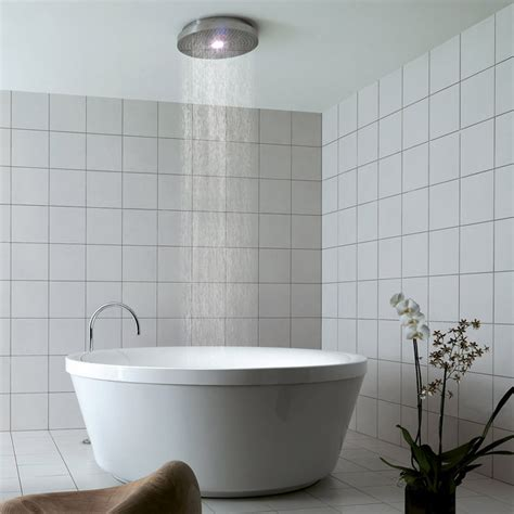 bathtubs with showers 10 bathroom shower fixtures to make your bathroom super
