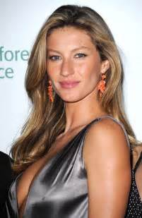 The Caigns That Helped Gisele Become Number 1 by History Of The Supermodel Supermodel Timeline