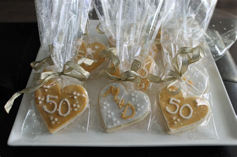 gift ideas for 50th wedding anniversary party   Party