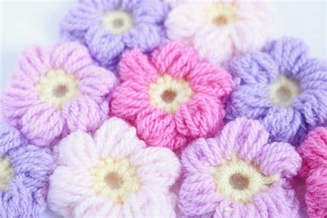 Floweri Puff free pattern for the crochet puff flower beginners tutorial