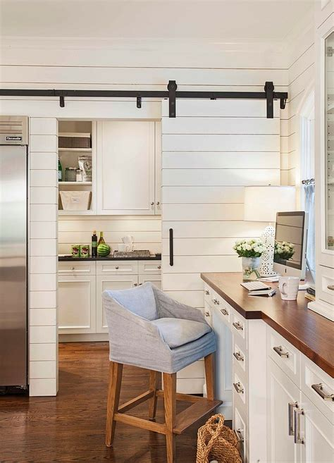 Barn Door For Kitchen 25 Trendy Kitchens That Unleash The Allure Of Sliding Barn
