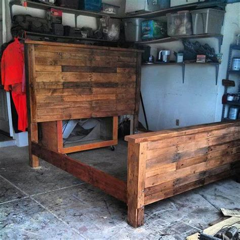 King Size Bed Frame Diy with Diy King Size Pallet Bed Frame 99 Pallets