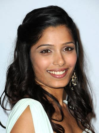 Freida Pinto Hairstyles by Hotwind Get Freida Pinto S Beautiful Hairstyle