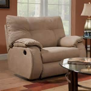 southern motion dodger plush chair and a half recliner