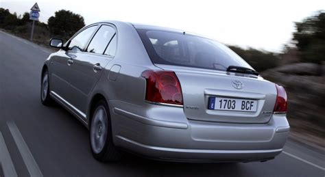 2006 Toyota Avensis Review Toyota Avensis T25 Hatchback 2003 2006 Reviews