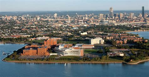 Cost Of Mba Umass Boston by Live Alone 14 Awesome Things You Could Afford If You Had
