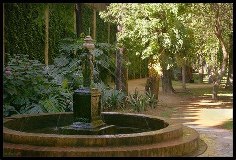 imagenes jardin ingles fuente rom 225 ntica jard 237 n ingl 233 s de los reales alc 225 zares de