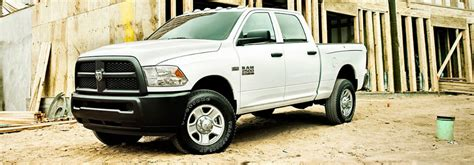 difference between dodge ram cab and crew cab autos differences between ram regular crew and mega truck