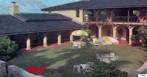 obama buys house in hawaii snopes report obama buys magnum pi s hawaii mansion for 8 7