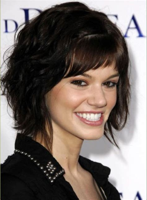 short hairstyles for coarse frizzy hair gallery