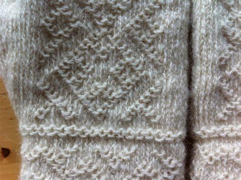 Lappone White Mittens Traditional Twined Knitting
